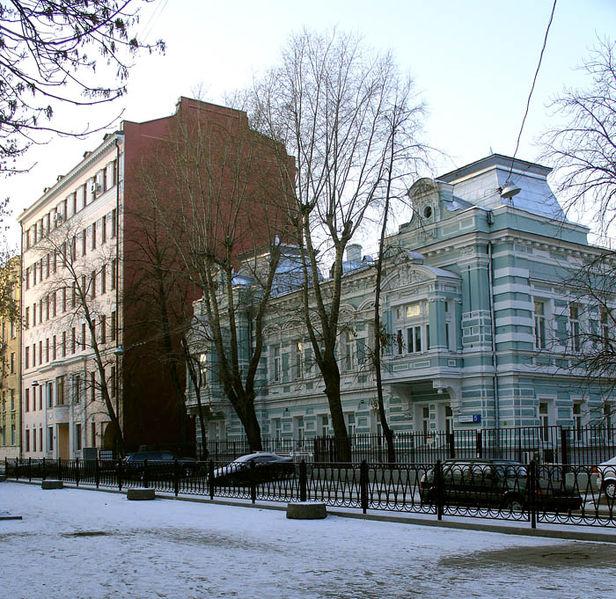 Огородная слобода, 5 (справа), Ogorodnaya Sloboda Lane, Moscow.