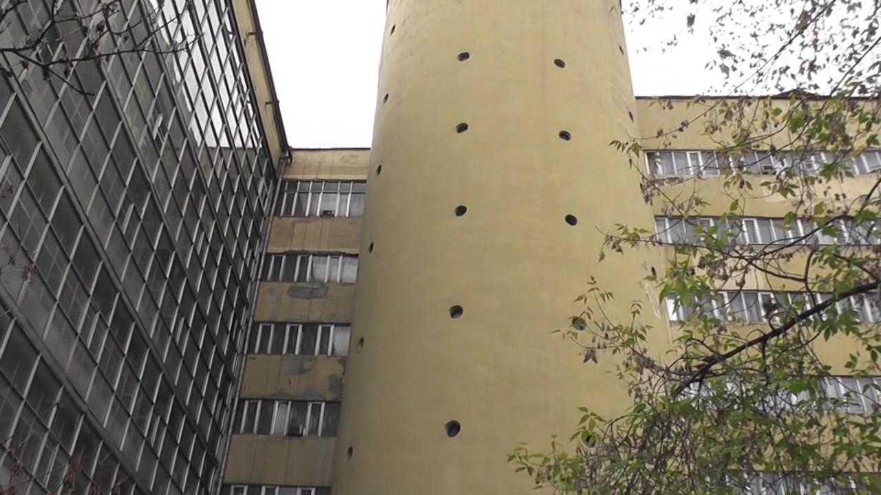 Здание ВЭИ (Всесоюзного Электротехнического Института) в Москве, Красноказарменная ул., д.13. Построено в 1927-1930 годах.