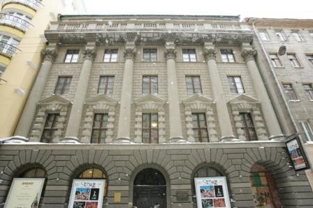 Фасад музея в Ермолаевском переулке, 17 - Марков Д. С.