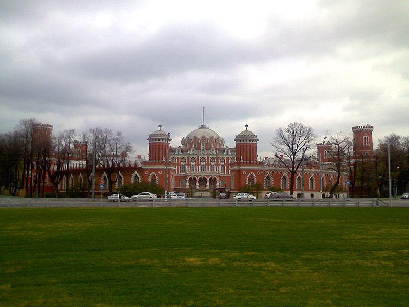 Петровский Путевой (Подъездной) дворец. Putevoy (Petrovsky) palace